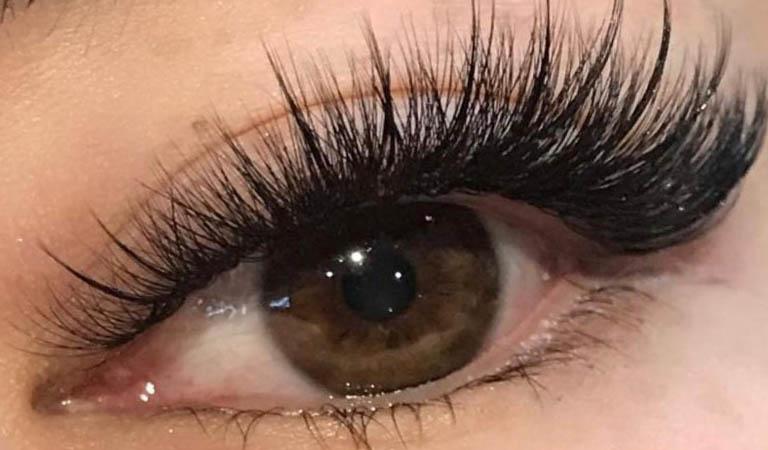 eyelashraesi